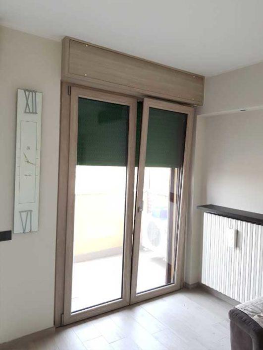 porta-finestra in pvc con anta ribalta